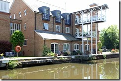 Thames Lock Apartments